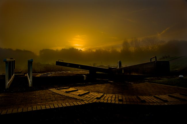 Jacovos Jacovou | Foxton top lock in the mist