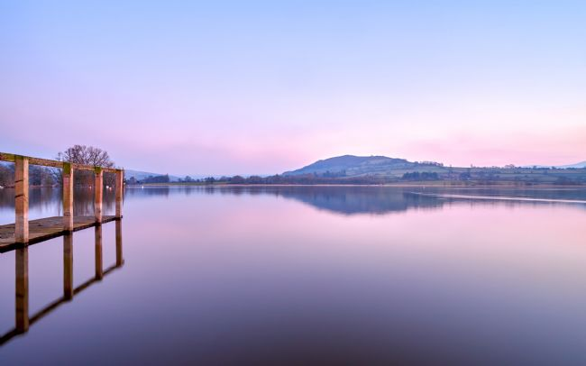 Gordon Maclaren | Beautiful Winter Sunset at Llangorse Lake
