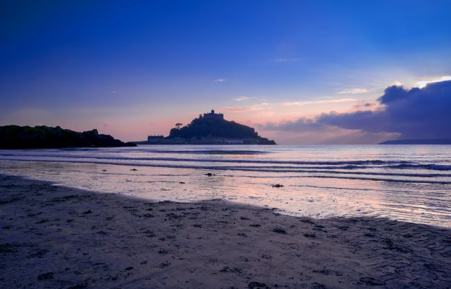 Gordon Maclaren | A sunset behind St Michael's Mount, Cornwall.