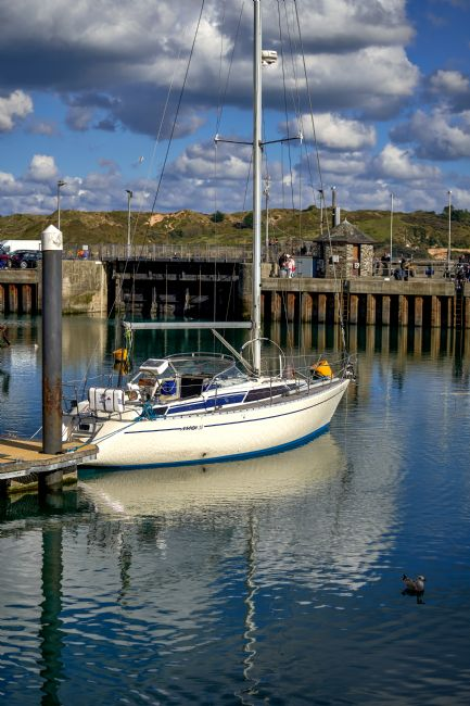 Gordon Maclaren | Yacht moored in Padstow Harbour