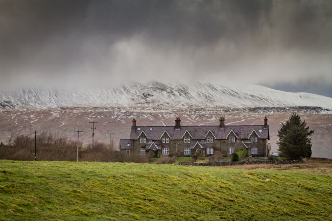 Kevin Cook | Whernside  in the snow