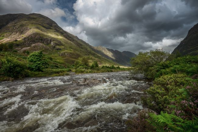 Anthony McGeever | Aonach Eagach and the river Coe
