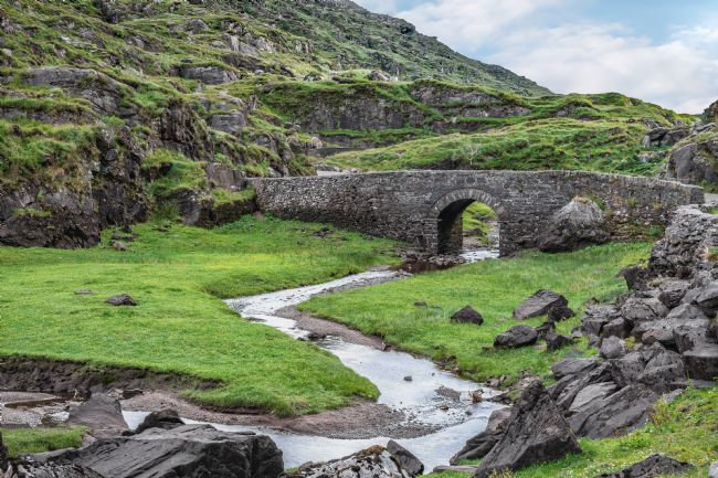 Jane McIlroy | Serpent River Bridge, Dunloe, Killarney