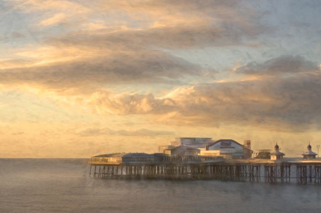 Linsey Williams | North Pier, Blackpool