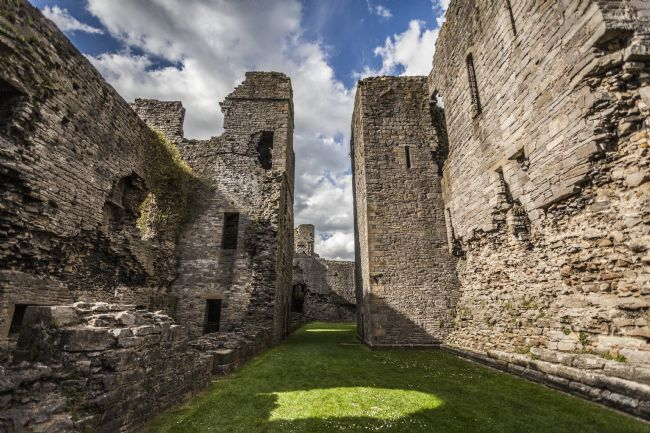 Sandra Cockayne | Middleham Castle