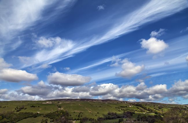 Sandra Cockayne | Swaledale Dynamic Clouds