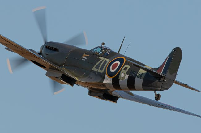 Airpower Art | Spitfire Mk. IX MH434