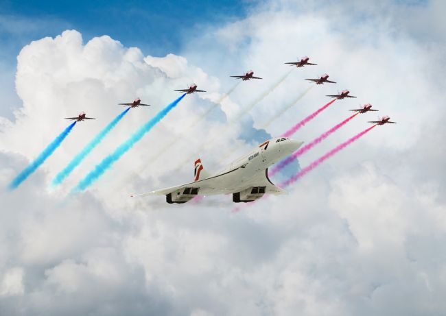 James Biggadike | Concorde and The Red Arrows