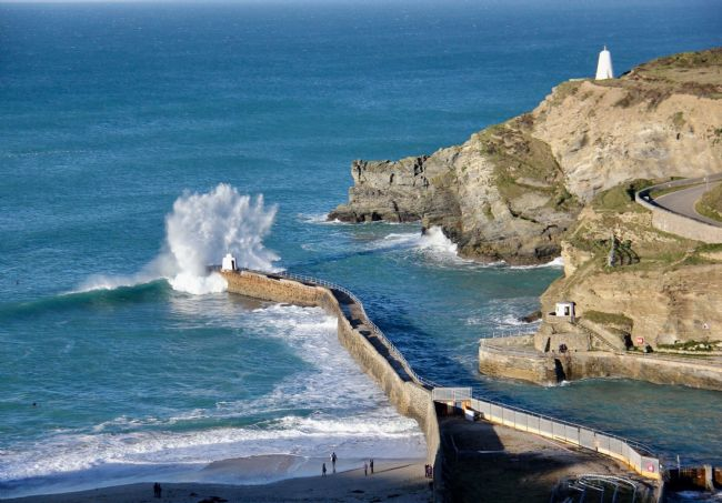 Elvia Worrall | Portreath Harbour, Cornwall, UK