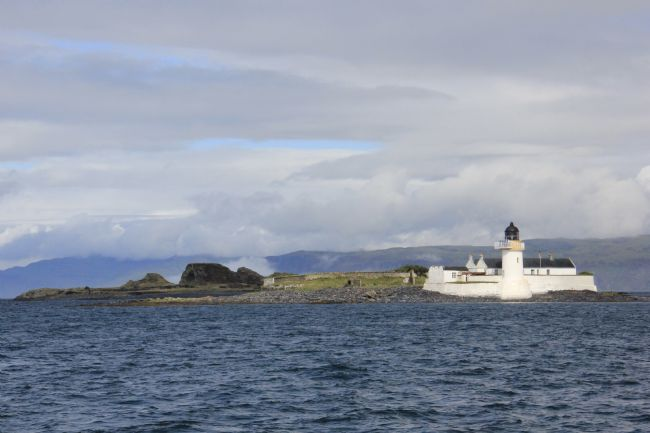 Elvia Worrall | Fladda Lighthouse