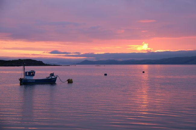 Elvia Worrall | Sunrise over Island of Gigha