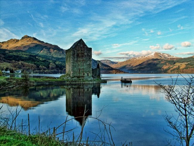 Lynn Bolt | Castle on the Loch Lochgoilhead