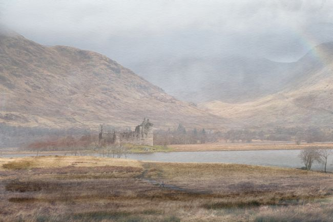 Lynn Bolt | Castle in the Mist