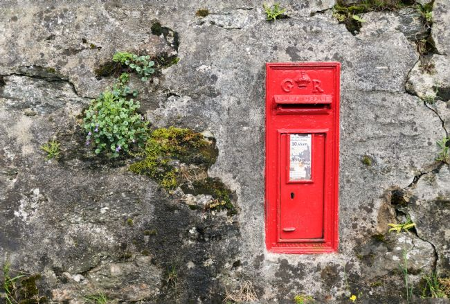 Lynn Bolt | Post Box