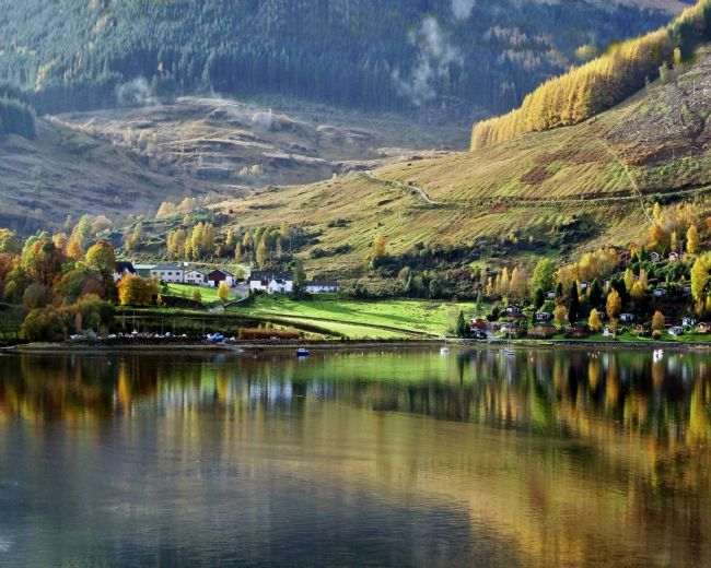 Lynn Bolt | Autumn Reflections Lochgoilhead