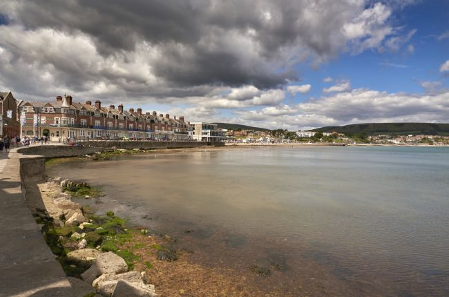 Chris Chard | Swanage bay in Dorset.