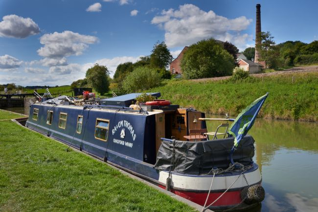 Chris Chard | Canal boat at the Crofton Pumping station, Great Bedwyn