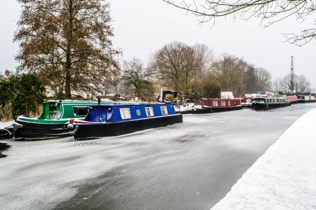 Warren Byrne | Fazeley Canal-side in the Snow 1