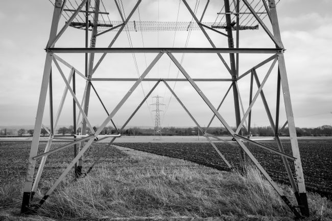 Warren Byrne | Pylon Black and White