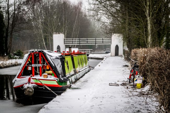 Warren Byrne | Fazeley Canal Side in the Snow 3