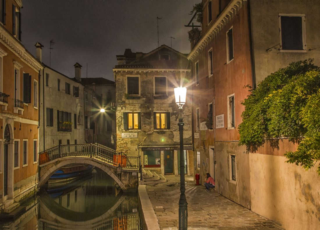 Jon Jones | Night time on the canals in Venice, Italy